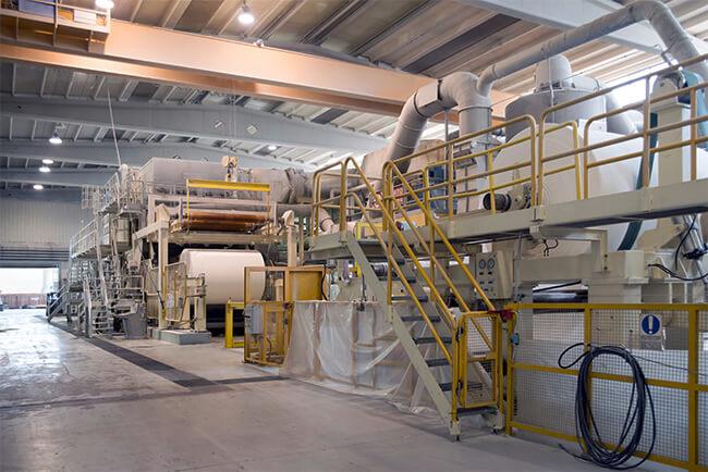 foto zeigt eine Papiermaschine da auch hier Gelenkwellen zum Einsatz kommen